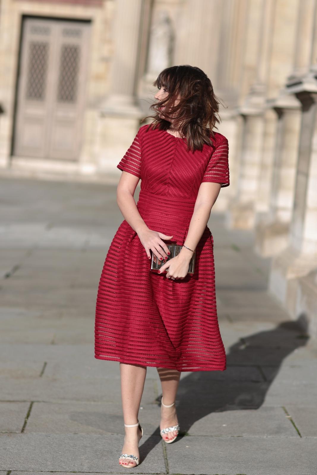 Look boohoo - robe rouge - soirée