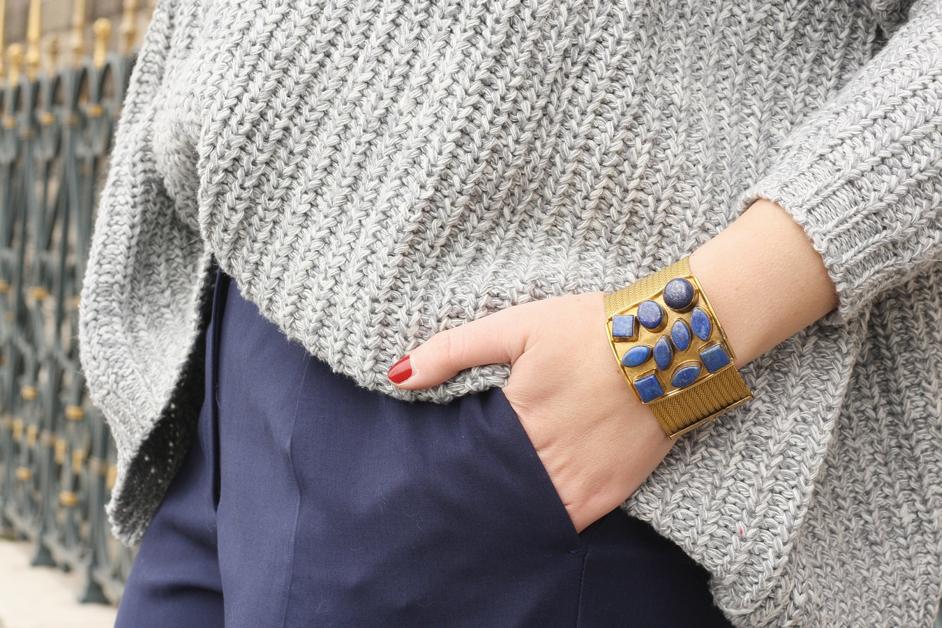 Blog mode femme Paris - Du style, Madame - Streetstyle - manchette bijoux OGGI