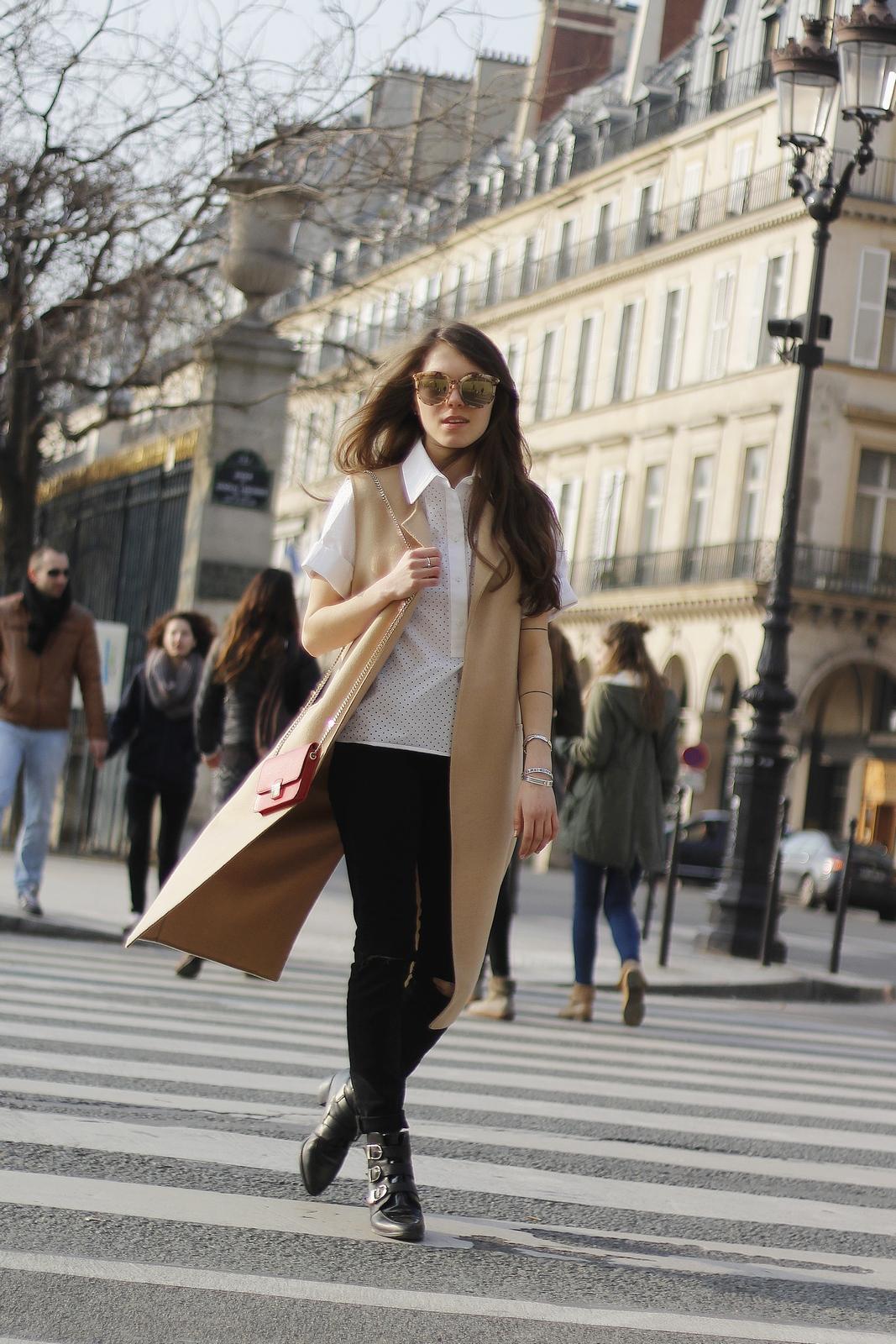 Blog mode femme Paris - Du style, Madame - Streetstyle - laparvenue - blazer sans manche