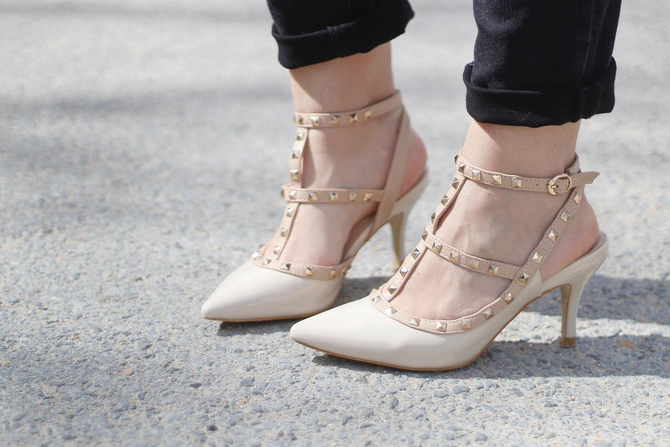 Blog mode femme Paris - Du style, Madame - Streetstyle - la modeuse - valentino - rockstud