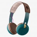 Skullcandy_Headphone_GRINDBT_S5GBW-J552_11_1100_Angle_Gray