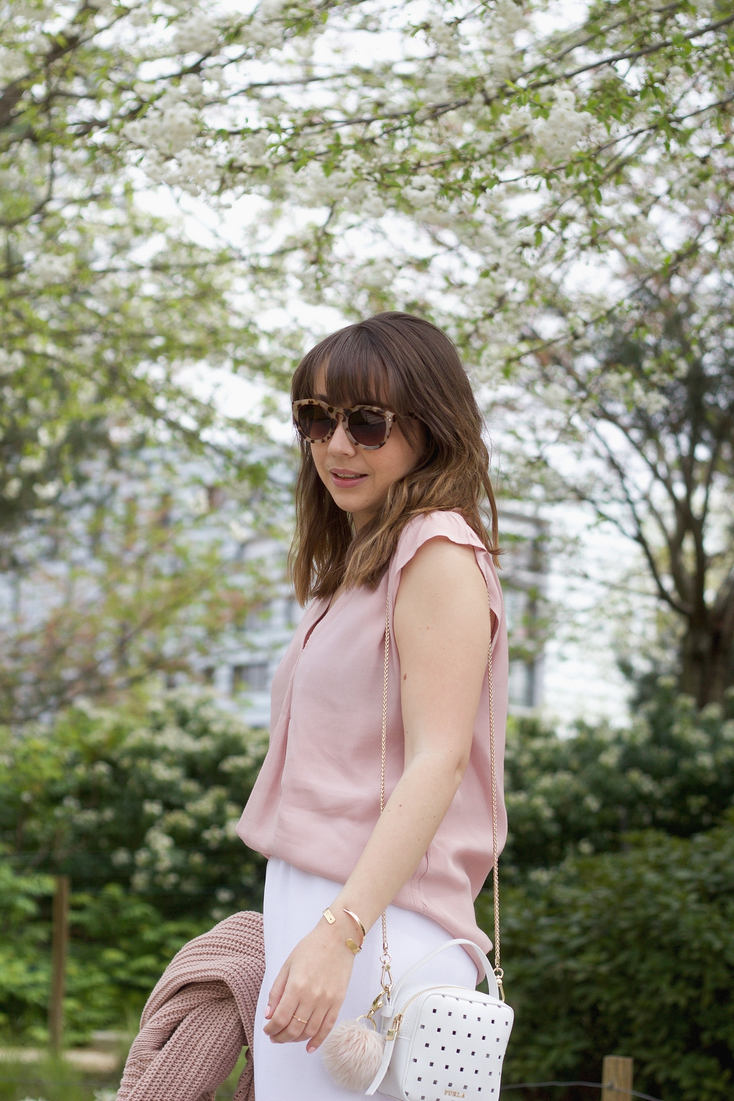 Blog mode femme Paris - Du style, Madame - Streetstyle - white pant