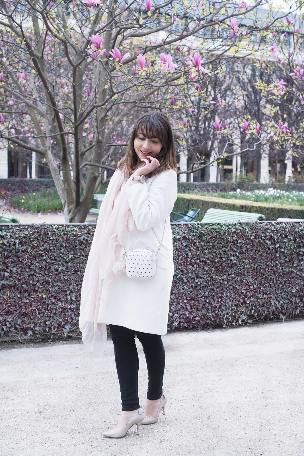 Blog mode femme Paris - Du style, Madame - streetstyle - manteau blanc