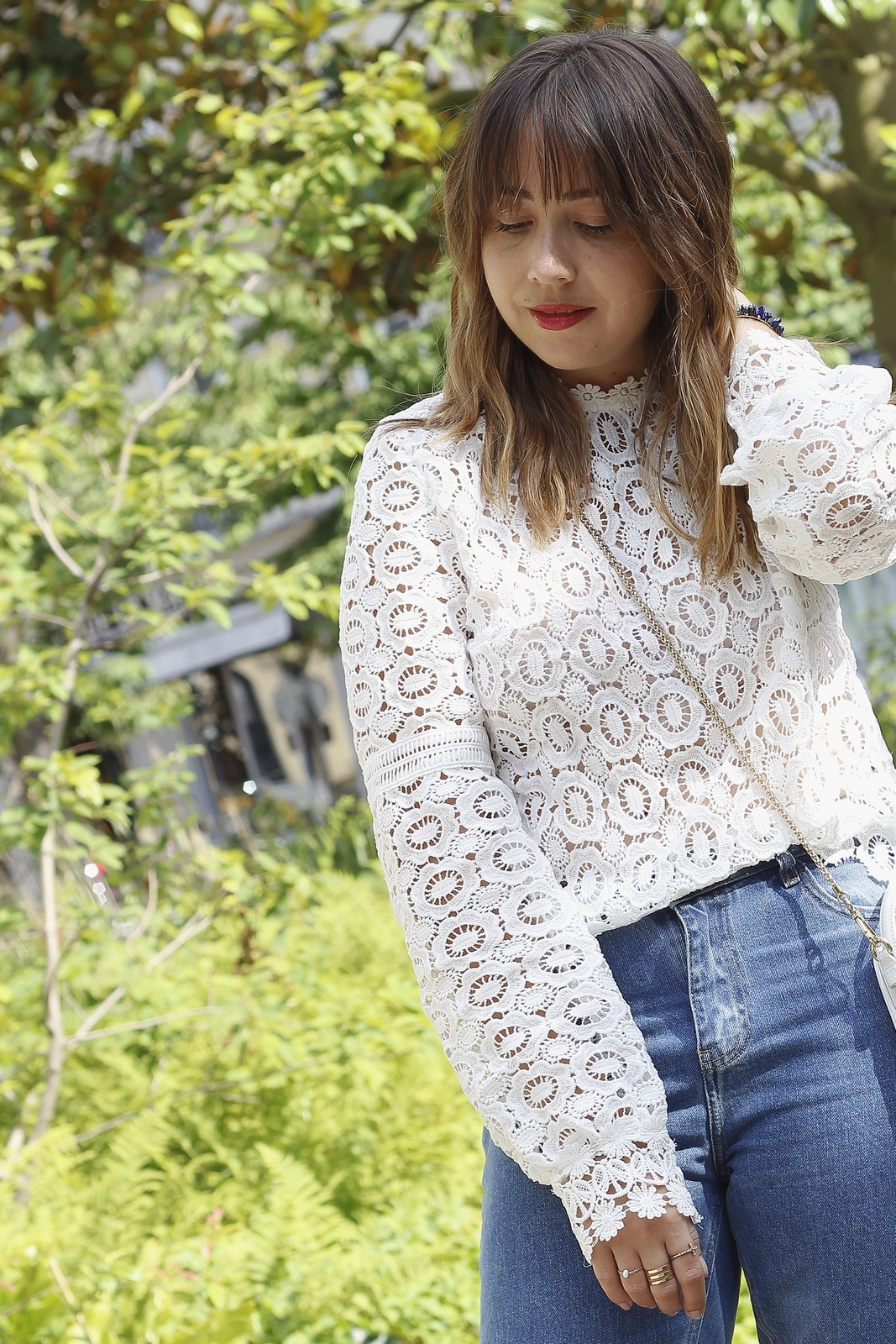 du style madame - blog mode paris femme - blouse macramé - mom jean - petits prix