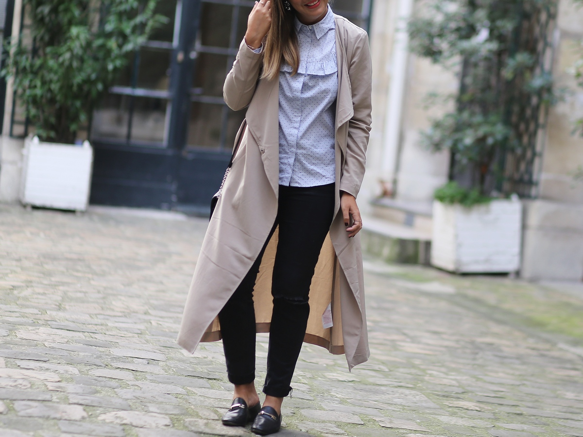 look femme - trench xxl long fluide beige - mocassins - chemisier preppy