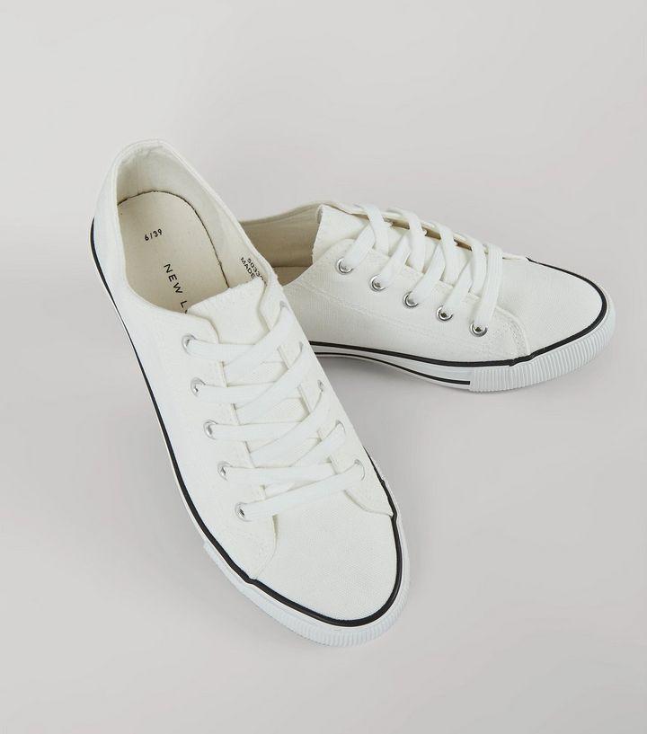 baskets-blanches-à-lacets-et-bordure-contrastée - style converse pas cher