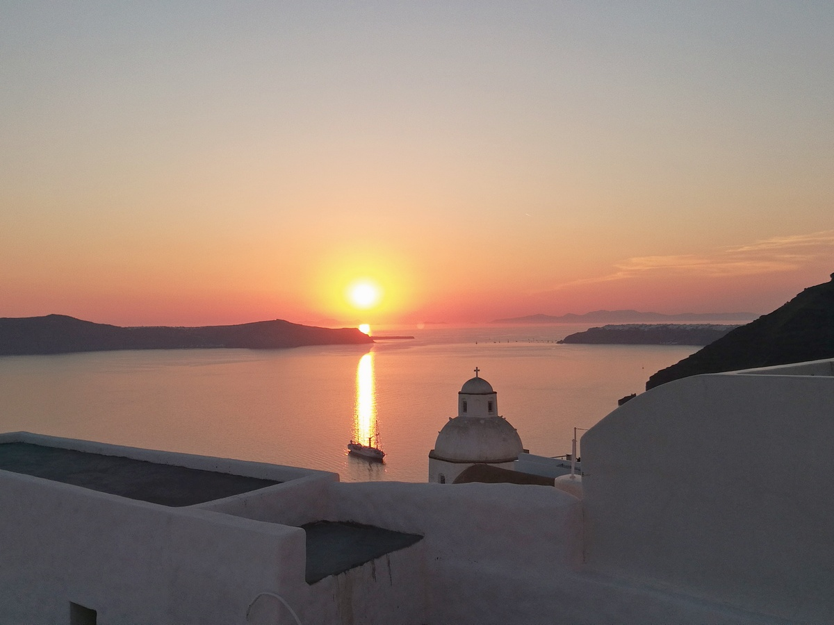 sunset in oia - sunsets - beautifull sunset - coucher de soleil - santorin - santorini