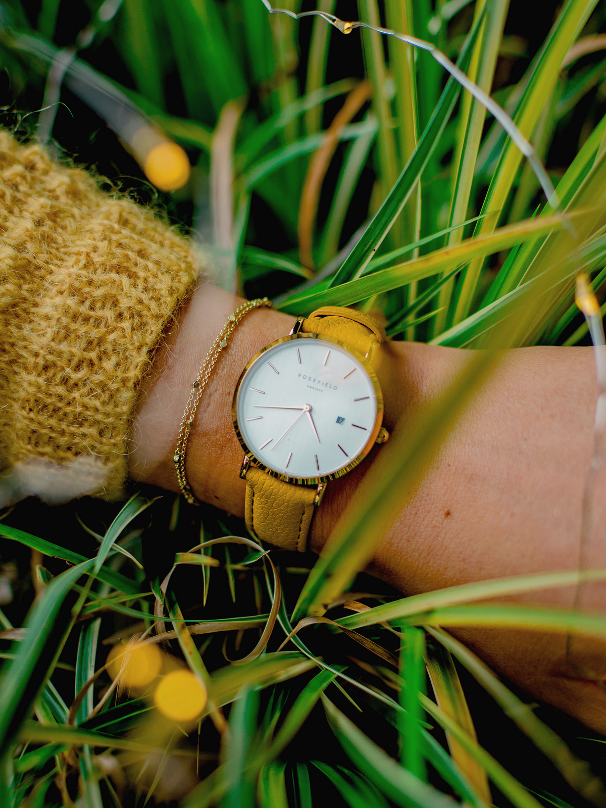 montre rosefield - the septembre issue - jaune moutarde