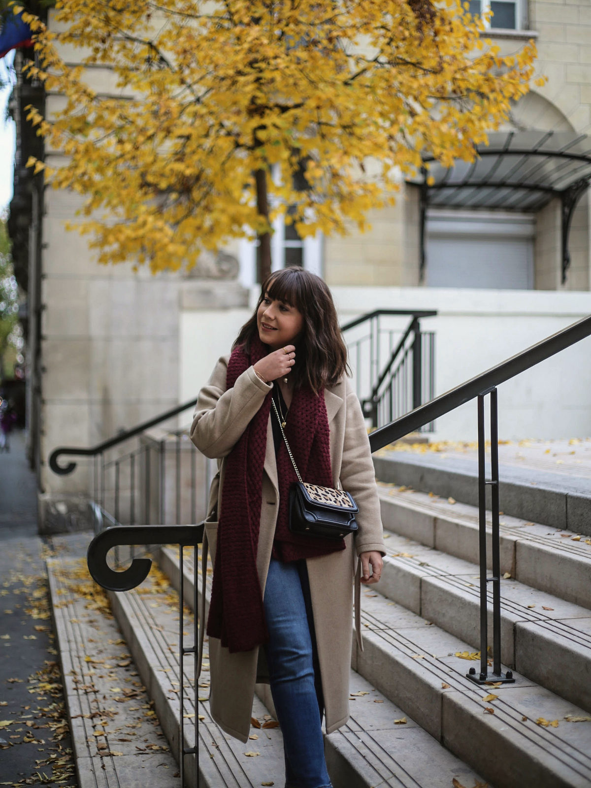 blouse opullence solange - montre daniel wellington - sac tous - manteau trench and coat